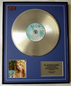 TAYLOR SWIFT Taylor Swift PLATINUM - display